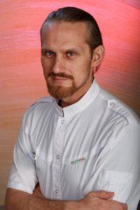 Специалист клиник Знакомы доктор - Тихонов Олег Владимирович